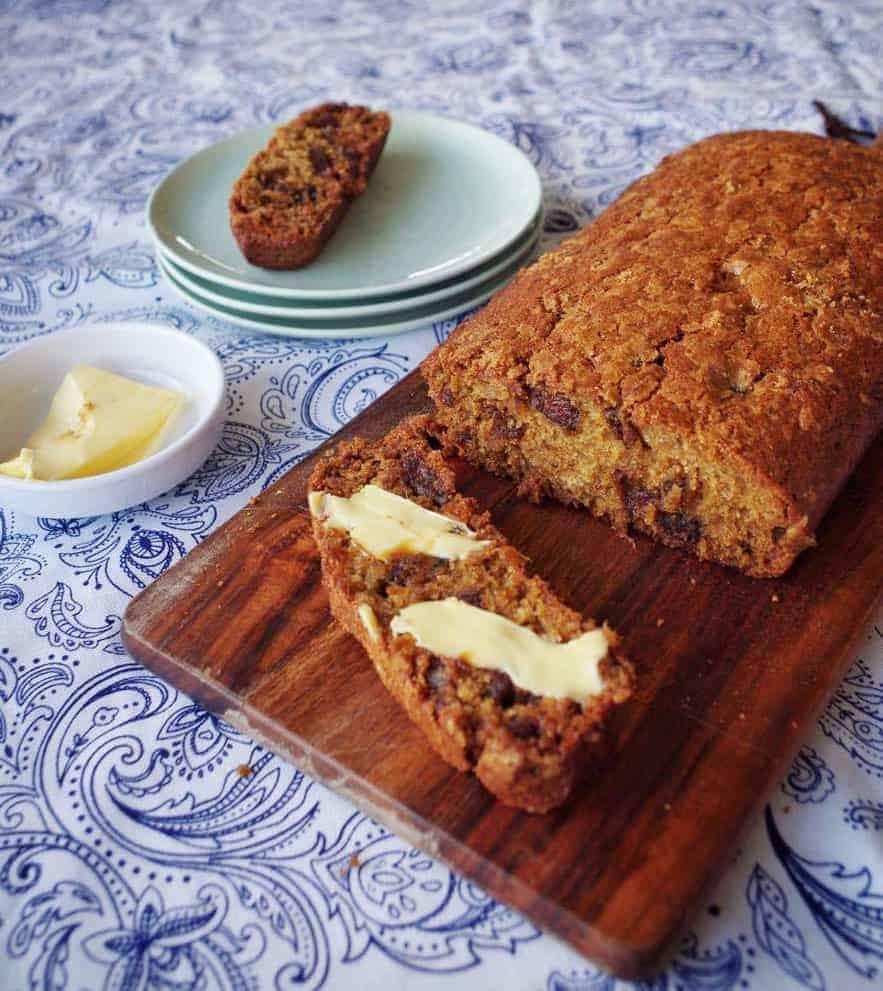 VJ cooks Date loaf