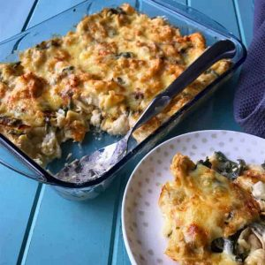 Cauliflower cheese pasta bake
