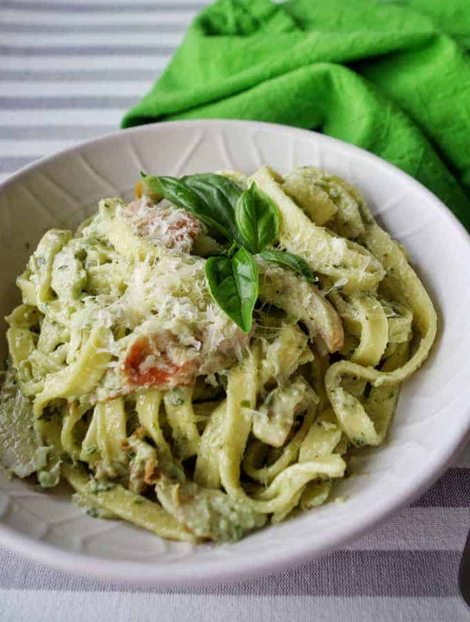 5 Ingredient Creamy Chicken Pesto Pasta Vj Cooks