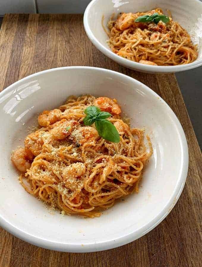 roasted tomato and prawn pasta