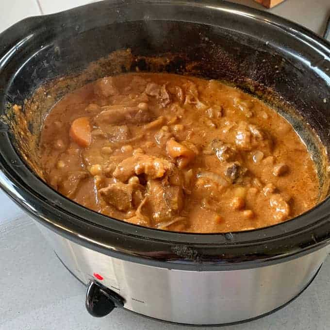vj cooks slow cooker Moroccan lamb with apricot and chickpeas