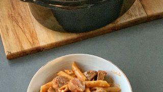 Slow cooker sausage pasta