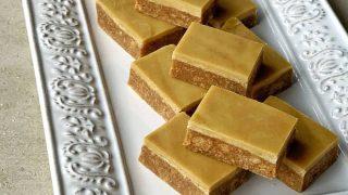No-bake Gingernut slice