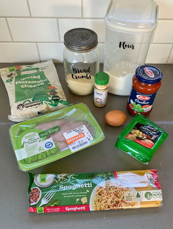 VJ cooks baked chicken parmigiana on spaghetti