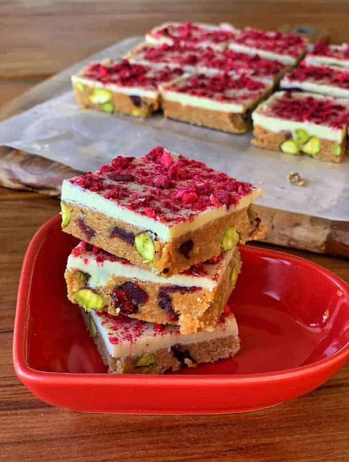 cranberry and pistachio slice