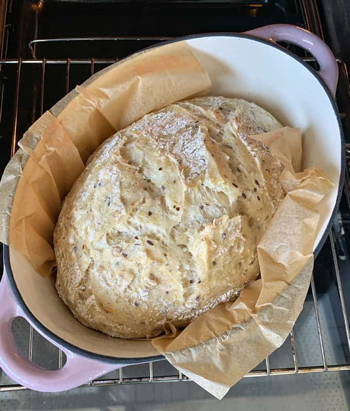 VJ cooks no knead loaf baking