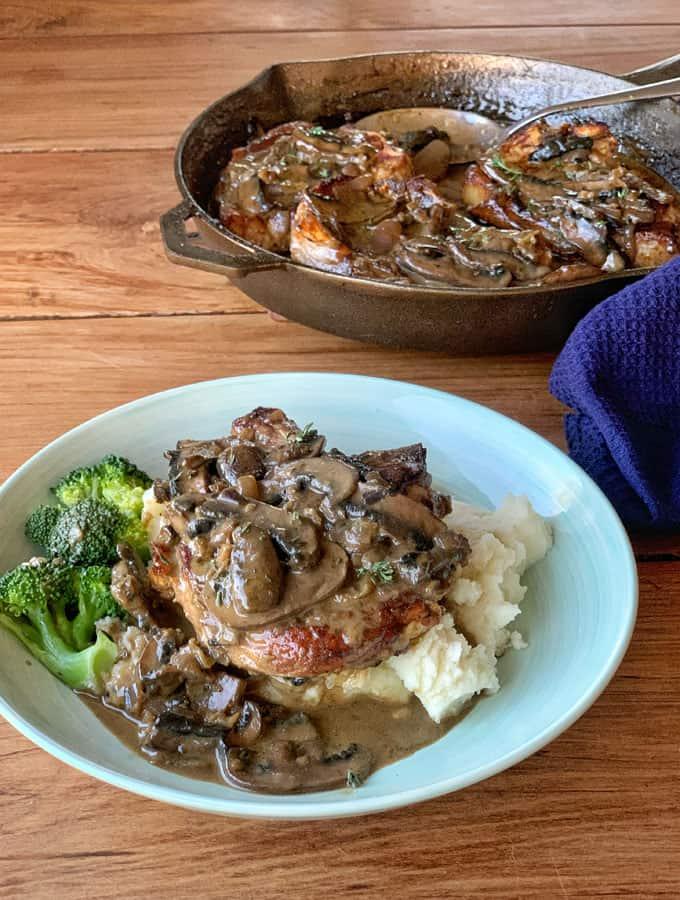 Pork Chops in mushroom sauce