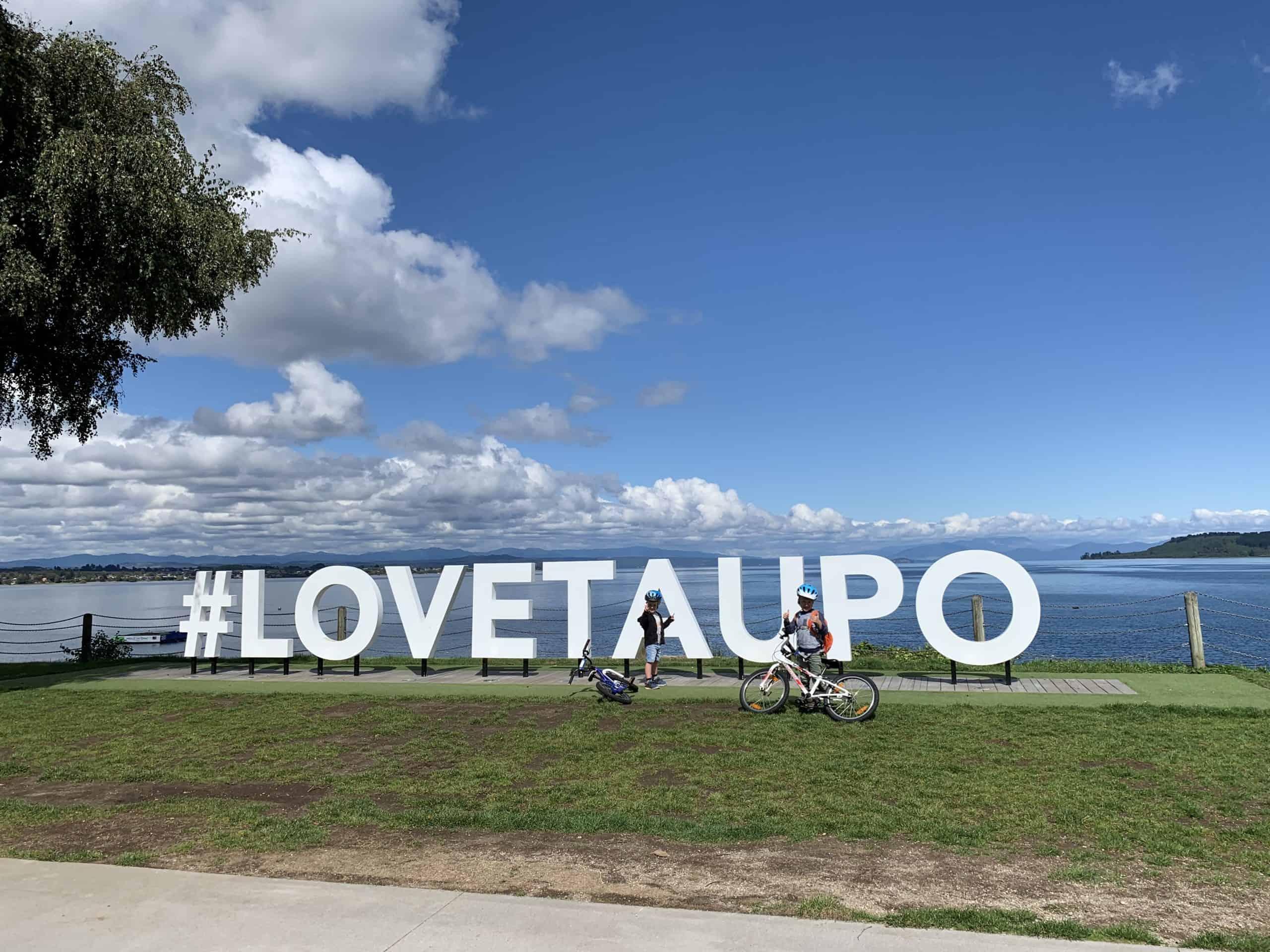 Love Taupo sign
