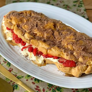 giant chocolate eclair